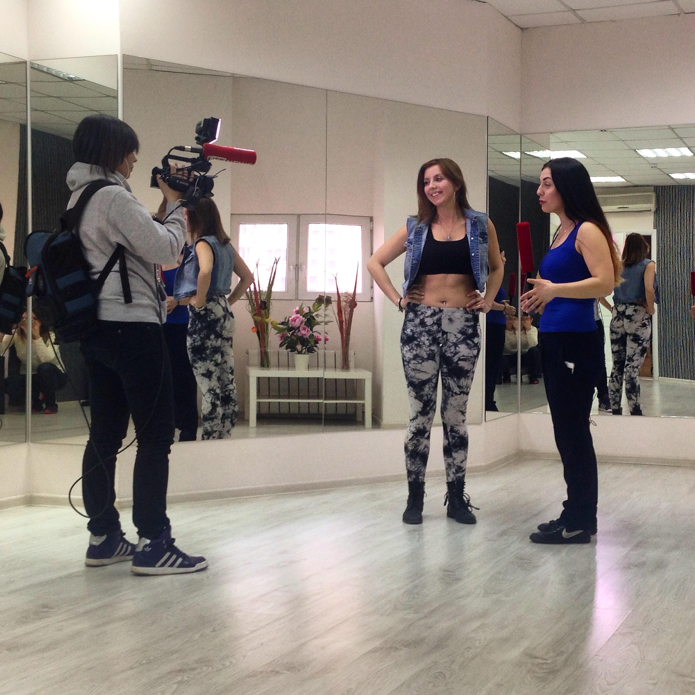 Ксения Кузнецова дает интервью Life News