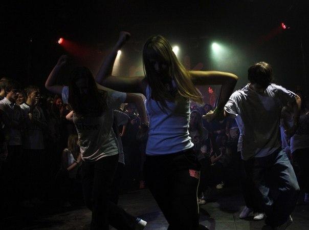 Современные танцы в Москве